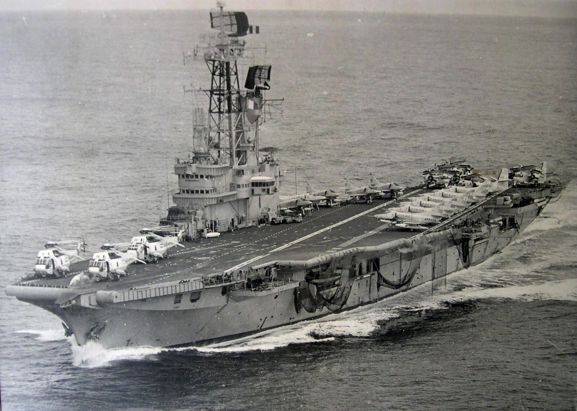 La historia del portaaviones argentino que fue vendido como chatarra
